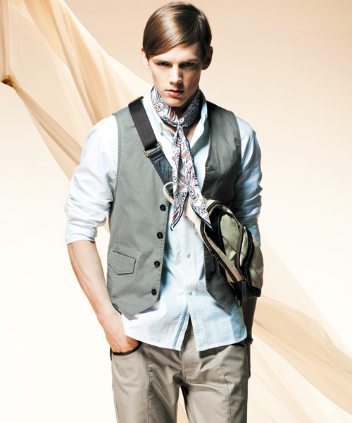 Johannes Niermann0023_m.f.editorial Men's Summer Collection 2012