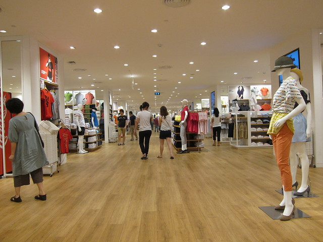 Uniqlo at Central World