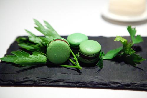 Mignardes: Chocolate lovage macarons