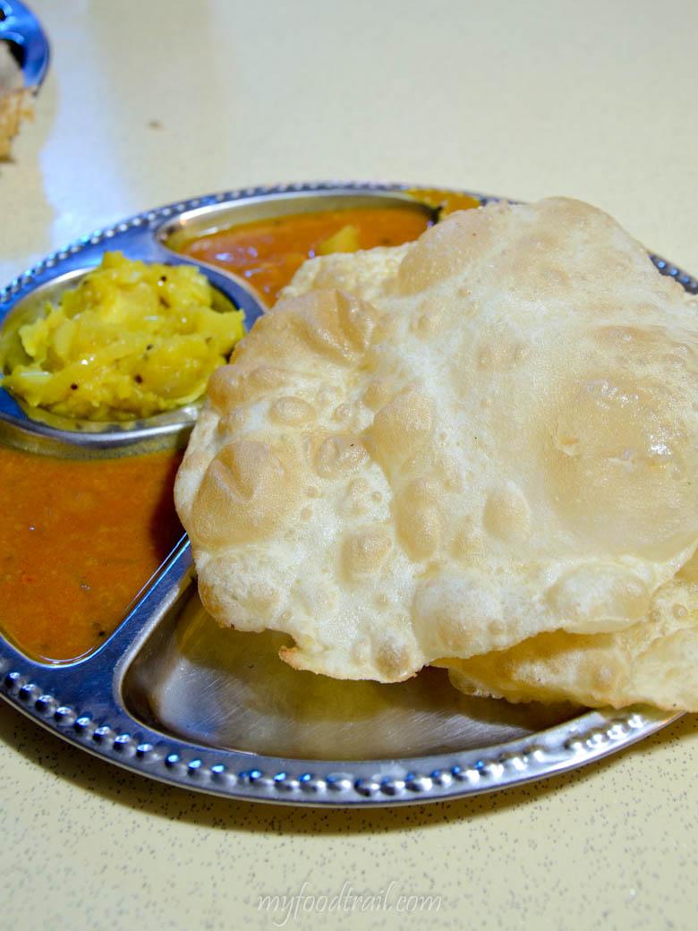 Singapore Hawker Food - Puri