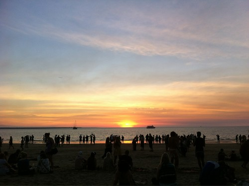 Mindil Beach sunset crowds