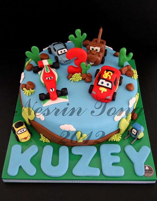 CARS 2 BIRTHDAY CAKE - KUZEY
