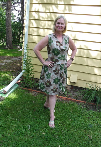 McCalls 6109 by becky b.'s sew & tell
