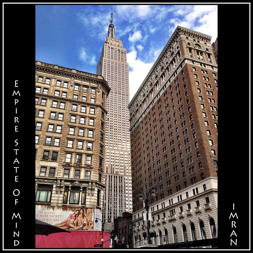 I ♥ NY. Empire State Of Mind, In 2D, 3D, Or 36D! - IMRAN™ -- Unedited iPhone 4S Photo by ImranAnwar