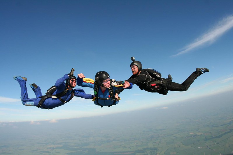 Learn to skydive what is the AFF course? flickr image by Wales_Gibbons