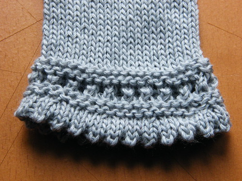 Reading Mitts - bottom edge