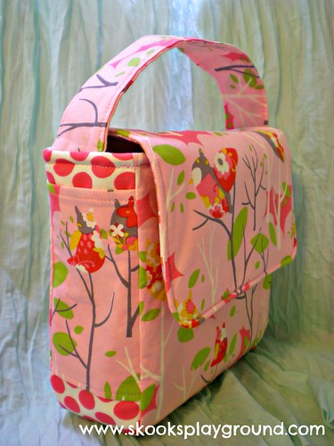 Pink Owl Lunchbox Side View