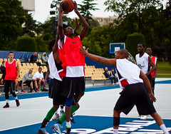 sports(1.0), basketball moves(1.0), streetball(1.0), team sport(1.0), ball game(1.0), basketball(1.0), tournament(1.0),