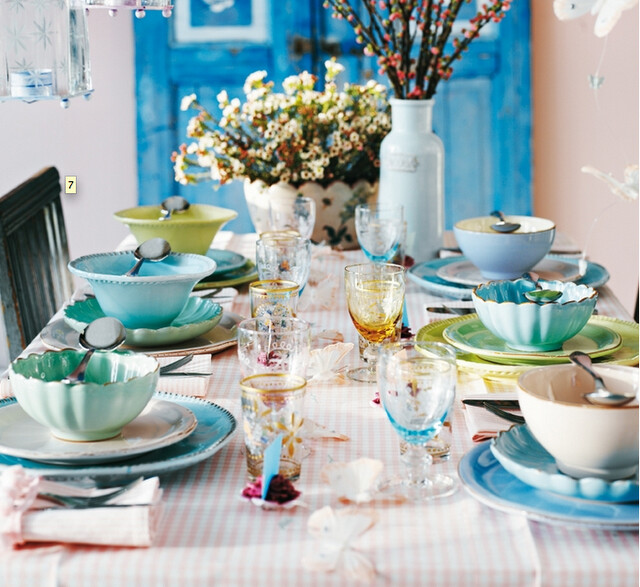 tablescape via decor de provence