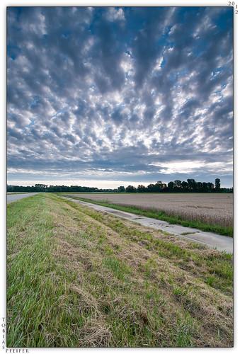 lines clouds sunrise landscape nikon dramatic wideangle manfrotto190xprob tokinaatx116prodx nikond300s siruik30x hitech09hardgrad100mmx150mm