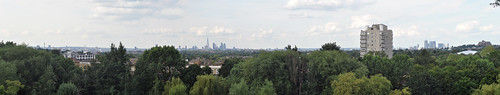 London skyline panorama from Norwood Park