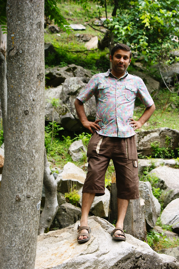 """MJC Summer 2012 Excursion to Neelum Valley with the great """"LIBRA"""" and Co - 7642356690 9e58c98015 b"""