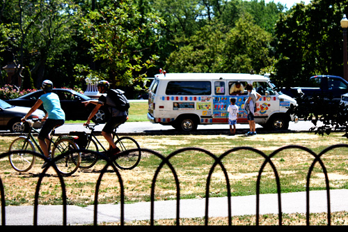 icecream-truck
