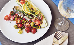 easy_recipe_fish_sea_bass_with_vegetables-7