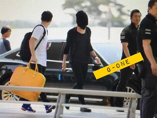 Big Bang - Incheon Airport - 29may2015 - G-Dragon - G-One - 02