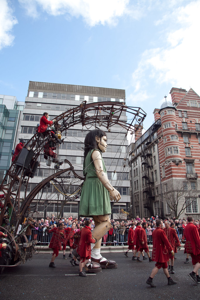 """""""Sea Odyssey"""" Giant Liverpool """"White Star Office"""""""