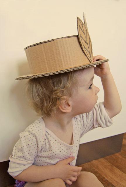 Cardboard hat_003