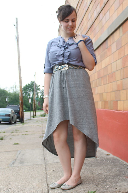 High/Low outfit: Stylemint skirt, ruffled chambray shirt, thrifted braided denim belt with longhorn buckle, silver flats