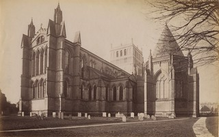 02 - Photograph of Southwell Minster from north east, with chapter house (ref PR25122)