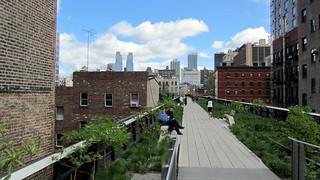 Image of Highline park North. newyork chelsea highline west27thstreet west26thstreet highlineelevatedpark