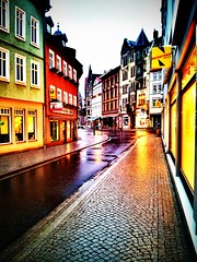 Looks like this evening's #rain produces nice #colors here in #Eisenach.