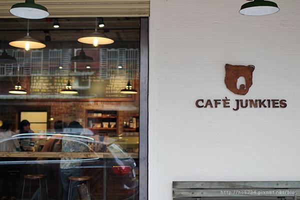 20120604_CafeJunkies_0182 f