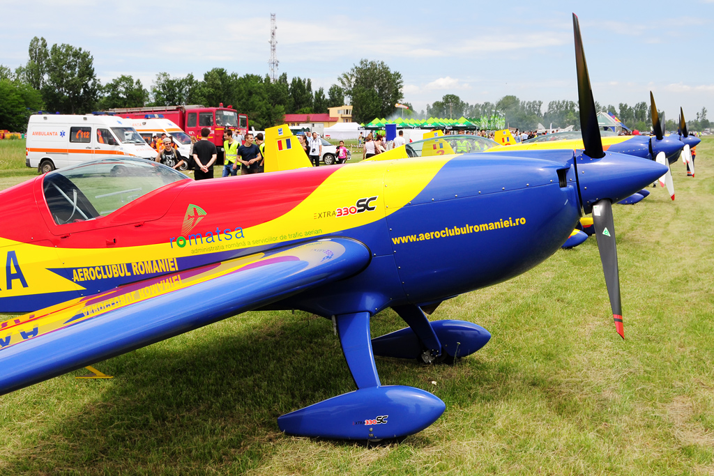 CLINCENI AIR SHOW 2012 - POZE 7335013114_3d2b73f026_o