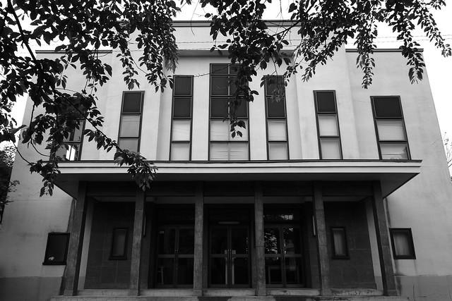市議会議事堂