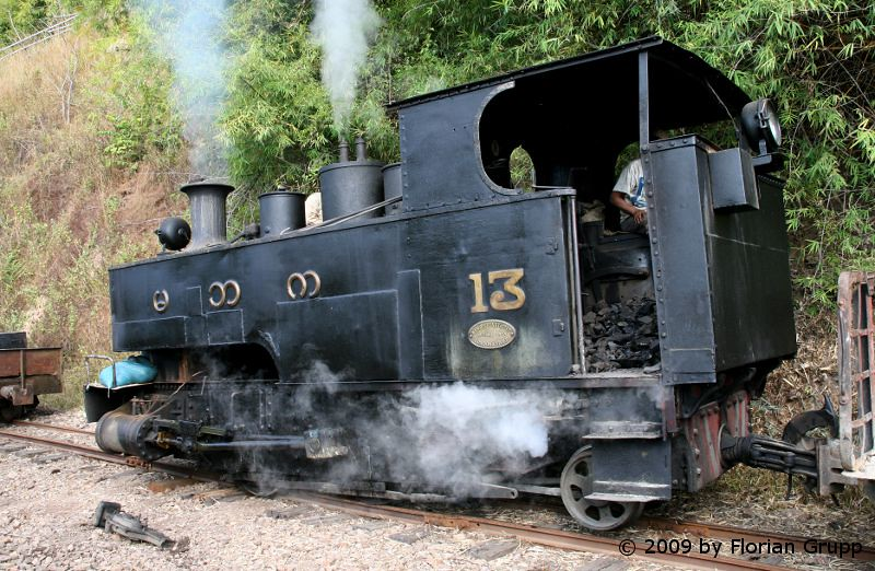 http://farm9.staticflickr.com/8016/7434449628_04d51ffa66_b.jpg