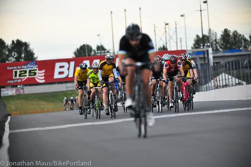 Criterium racing at PIR-1