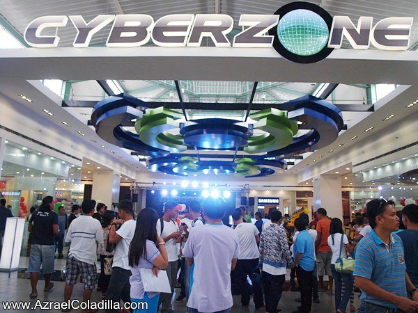 SM Cyberzone launch in SM City Batangas June 29 2012 photo by Azrael Coladilla (86)