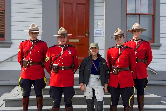 Sara & The Mounties Dawson