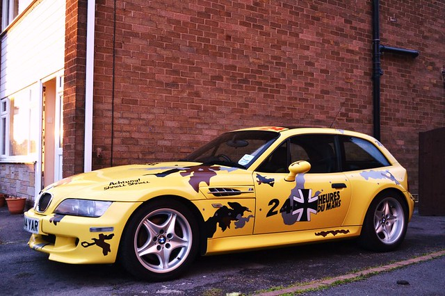 2000 M Coupe | Dakar Yellow | Black
