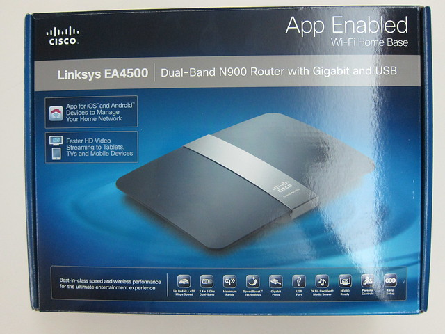 Cisco Linksys EA4500 - Box Front