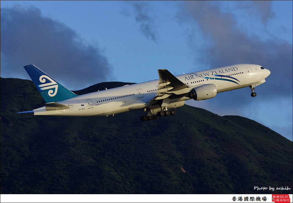 Air New Zealand / ZK-OKE / Hong Kong International Airport