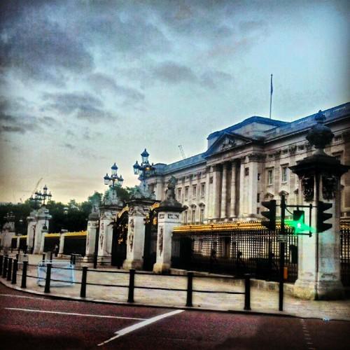 #Buckingham palace at #dawn. 5am
