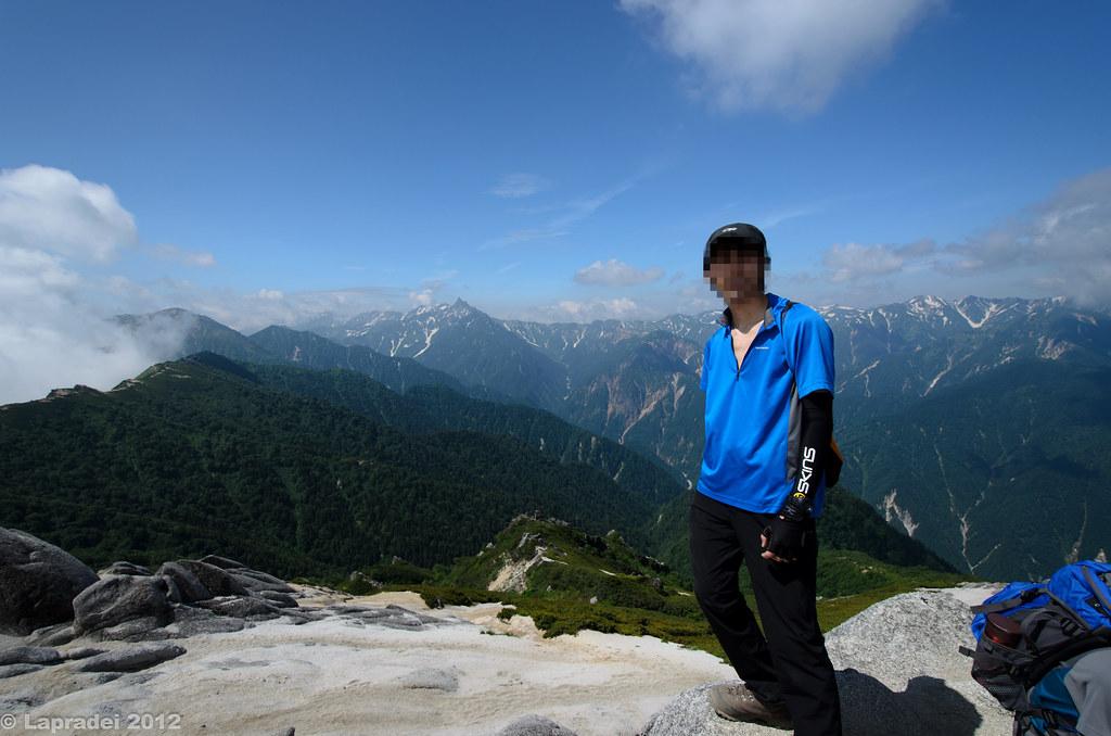 20120728 燕岳山頂にて