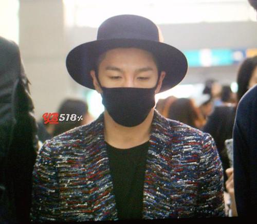 Big Bang - Incheon Airport - 21mar2015 - Tae Yang - YB 518 - 03