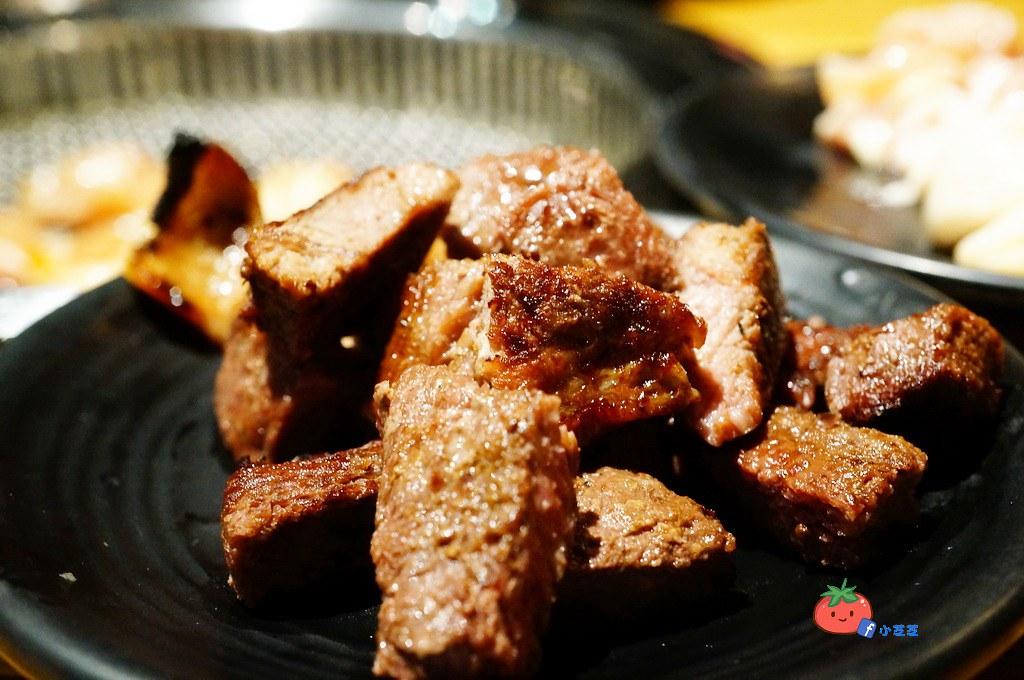 新莊帝王蟹燒肉吃到飽推薦 上禾町