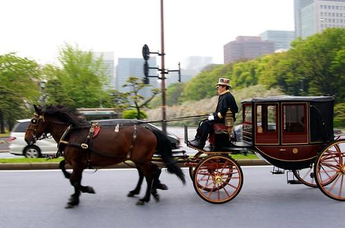 信任状捧呈式の際の馬車列