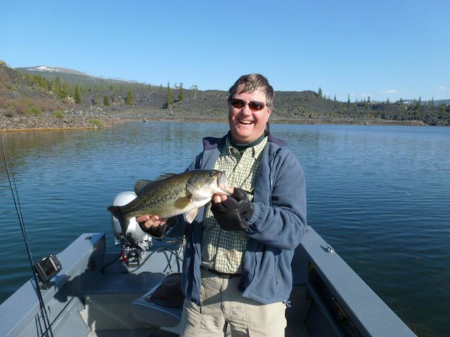 Inglorious bass nerds tackle davis lake the caddis fly for Bass fishing oregon