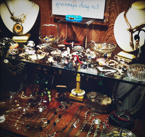 Treasures abound! If you love vintage jewellery, you gotta come check us out!
