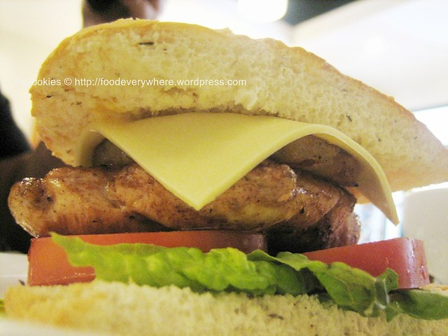 4.grilled chicken 13.90 -grilled chicken breast with caramelised pineapple, lettuce, tomato and honey mustard in a focaccia@depature (3)