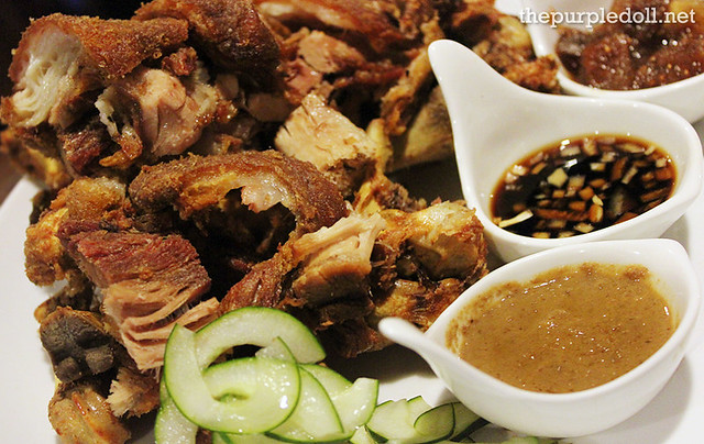 Crispy Pata P580 medium P720 large
