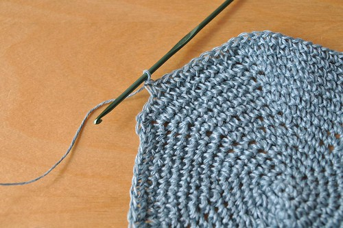 crocheting with linen