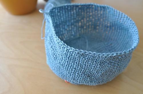 hat/bowl