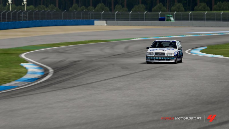 A guide on photography in Forza Motorsport 4 (and beyond) 7488666068_459c2fb85a_c