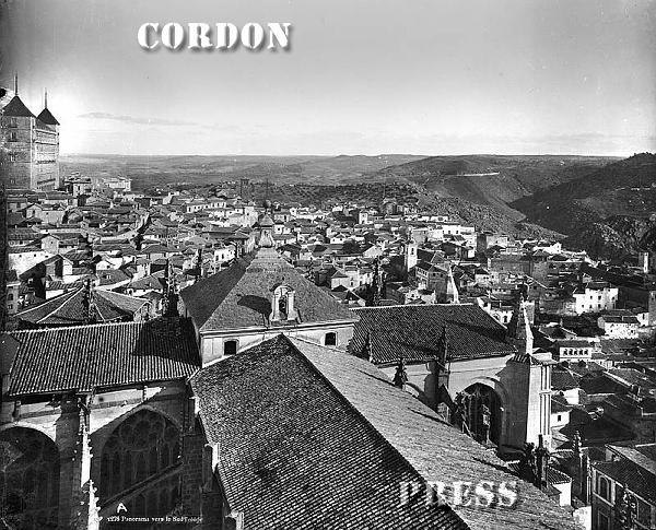 Cimborrio de la Catedral de Toledo visto desde la torre de la misma hacia 1875-80. © Léon et Lévy / Cordon Press - Roger-Viollet