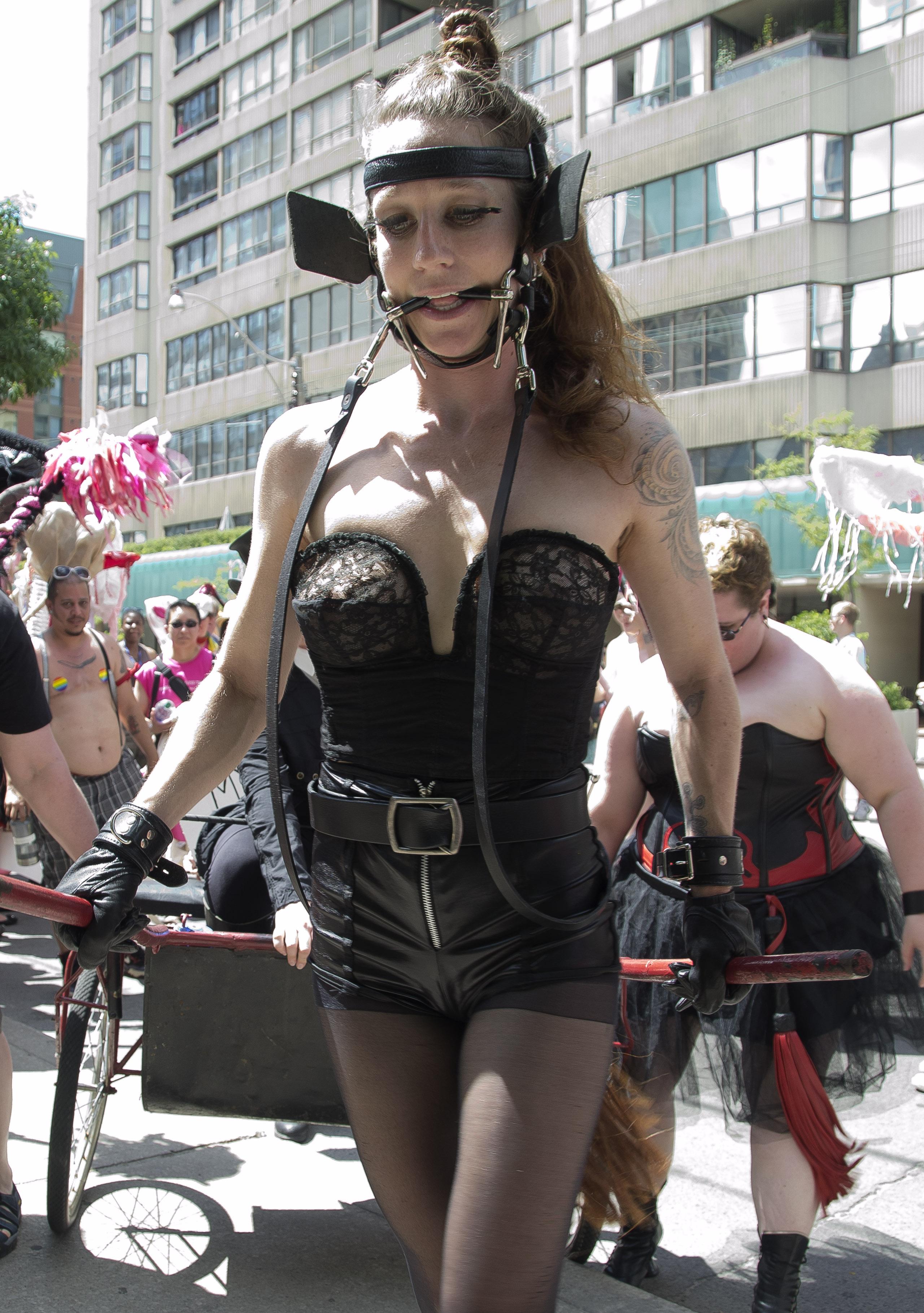 bodypaint vagina