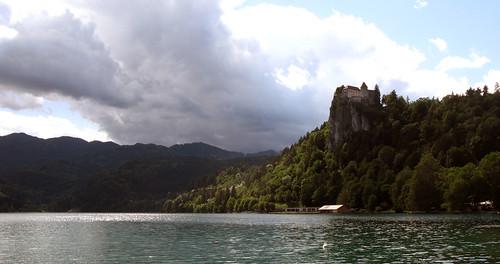 Bled ezers saulītē